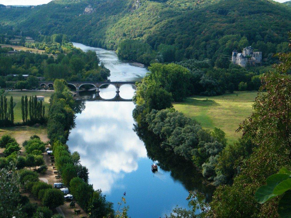 Farmland around the Dordogne River Valley, France.