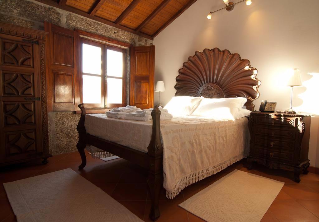 bedroom-douro-valley-farmstay