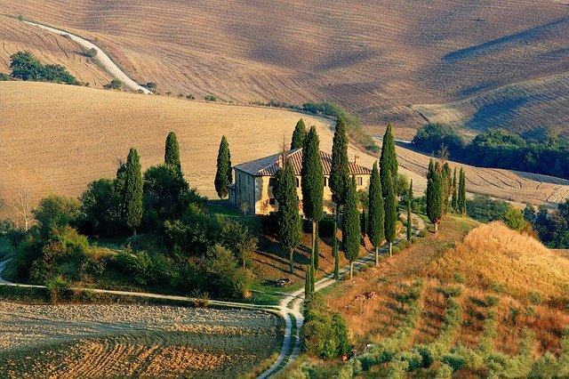 Classic agriturismo farmhouse hotel near Siena, Tuscany.