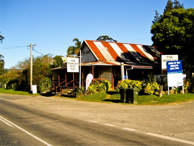 Pie shop at Ballingerry, Kangaroo Valley, NSW.