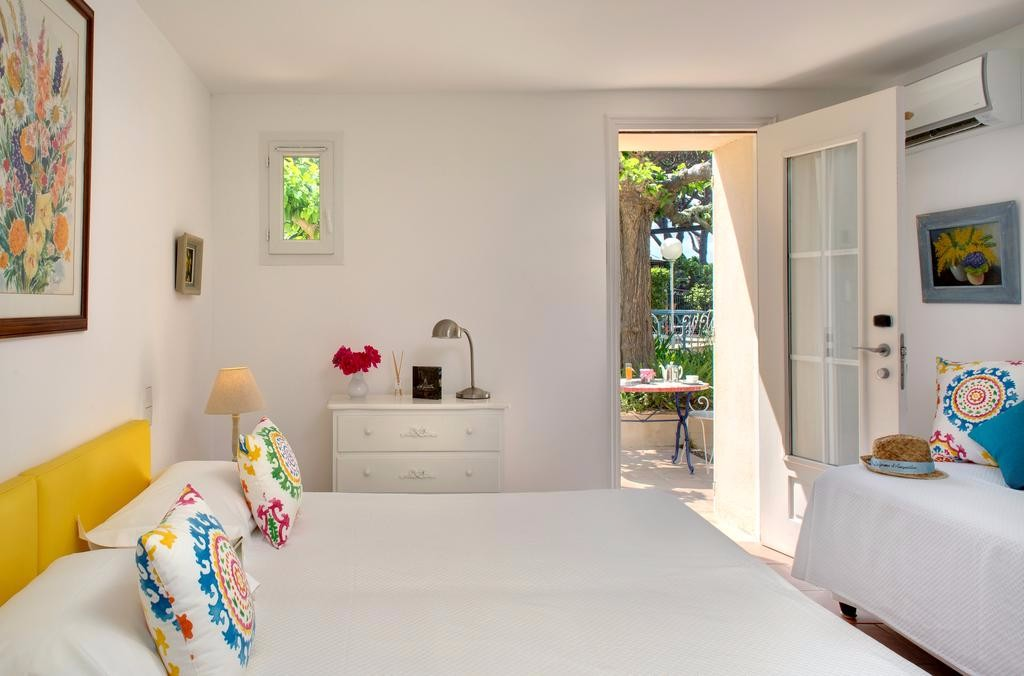 room-farmhouse-stay-french-riviera